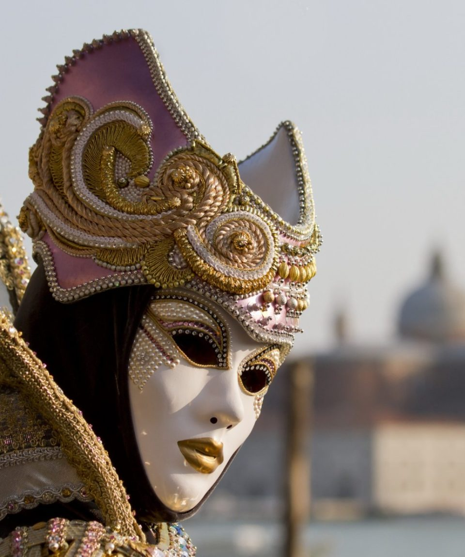 mask_outfit_venice_masquerade-1032358.jpg!d