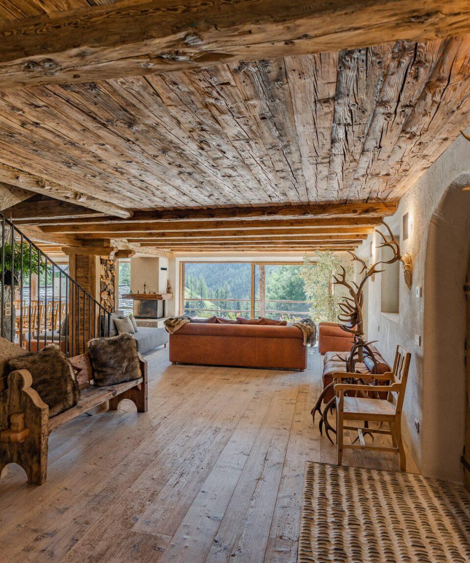 wild-dolomiti-Cesa-del-louf_Living-room-min