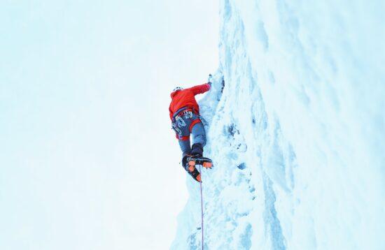 corso-ice-climbing-wild