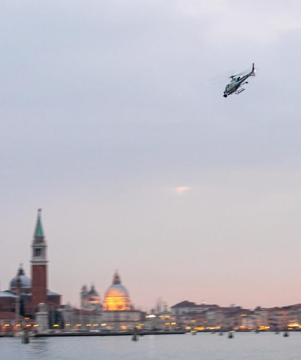 wild-venice-helicopter